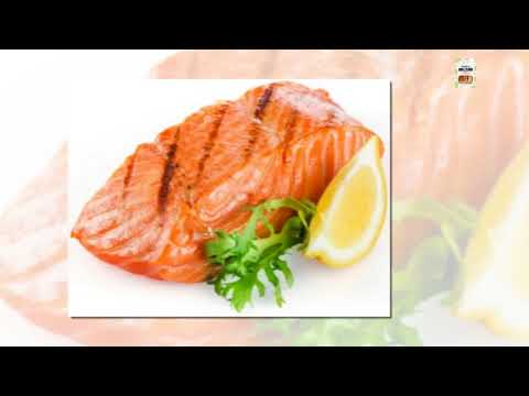Is it safe for dogs to eat smoked salmon?