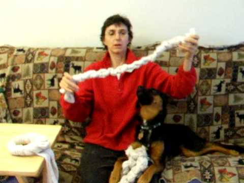 Make free tug and chew toys for puppies and dogs of all sizes
