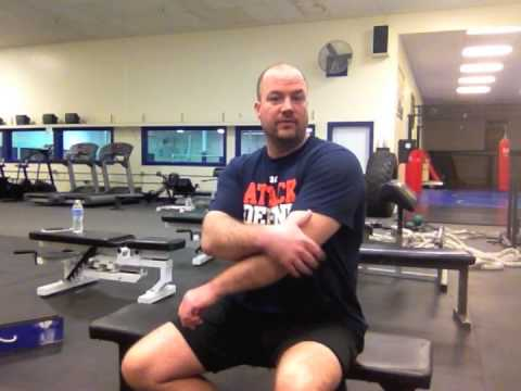 Why do my shoulders hurt after benching?